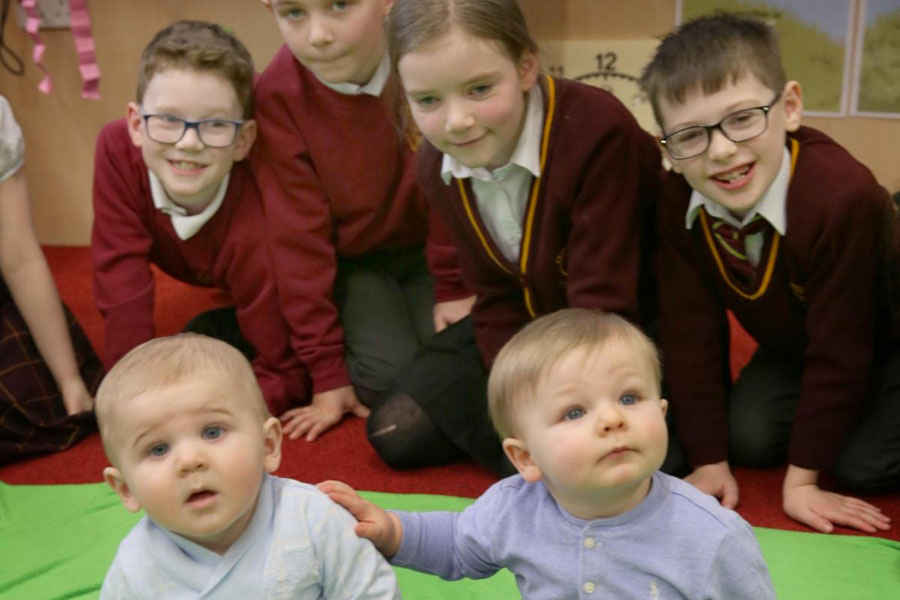 Tiny teachers have been visiting a primary school to help pupils with their feelings