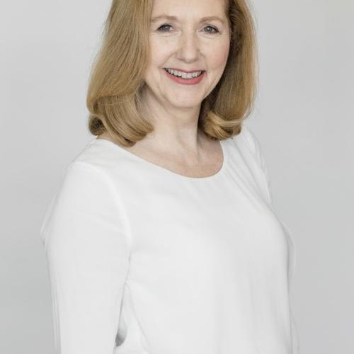 photo of Mary Gordon - 3/4s portrait
