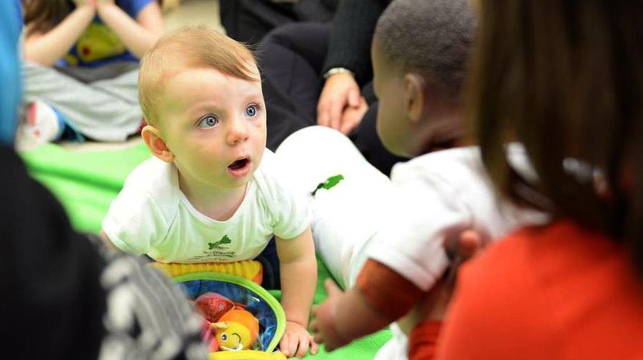 Baby teaches children emotional literacy in Roots of Empathy school program